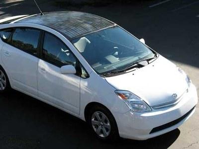 Автомобиль на солнечных батареях экологически безопасен и беспрецедентно экономичен
